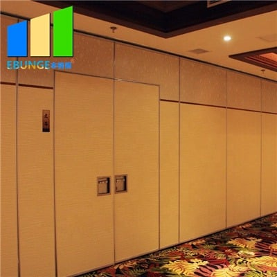 Movable partition wall detail